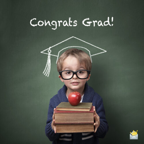 Cute graduation image to help you wish on a chat or message.